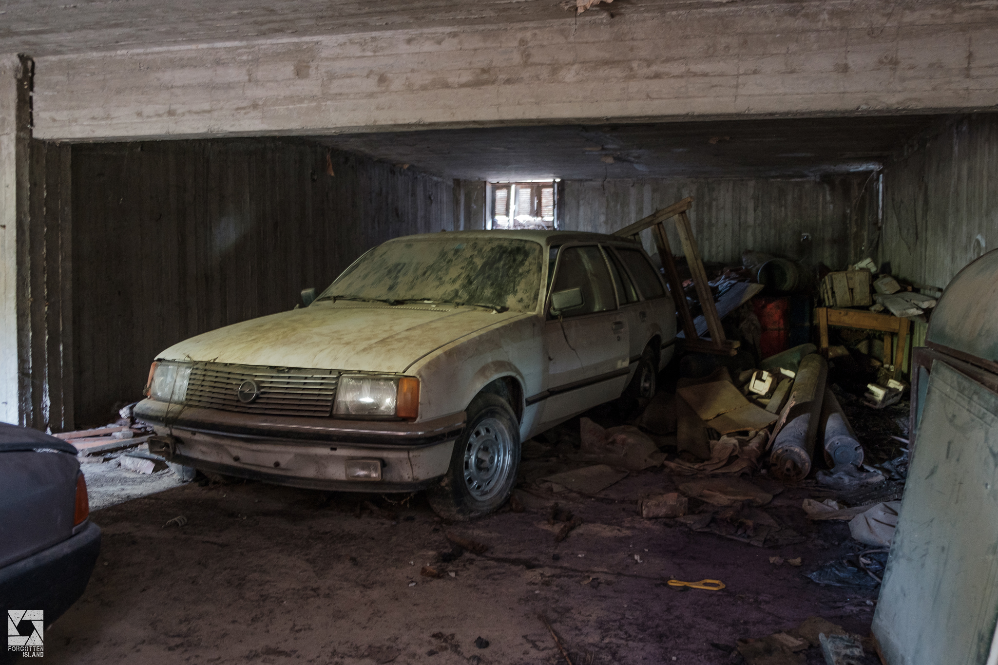 Abandoned Greek Cars