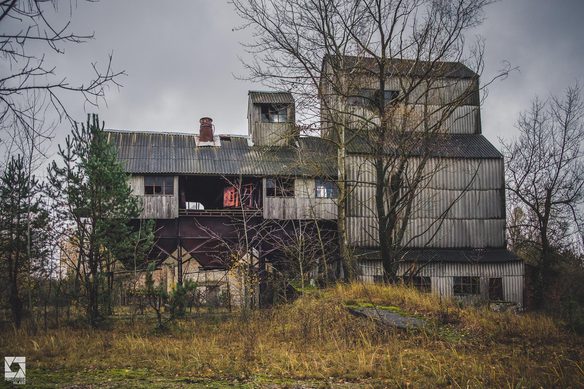 Chernobyl-Zymovyshche-Grain-Elevator-21.